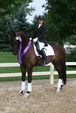 Federer at 2010 USEF Markel Young Horse National Championships places 7th in the 4 Year Old Class
